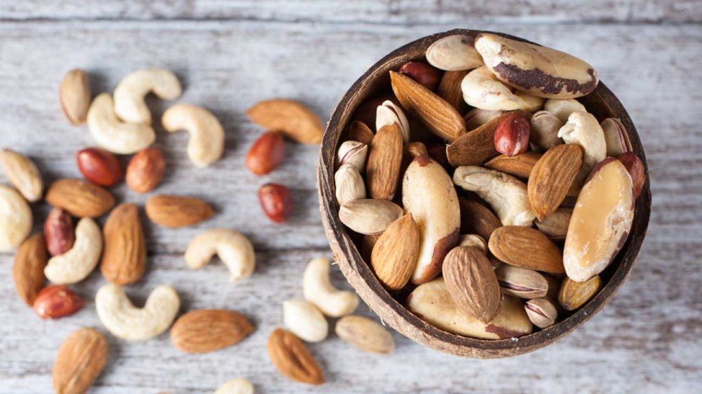 mixed-nuts-in-bowl