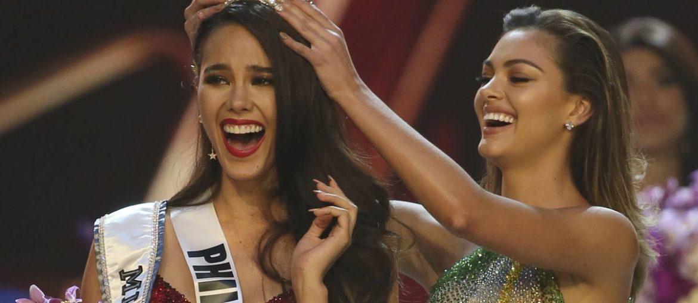 Miss-Philippines-Catriona-Gray-(1)