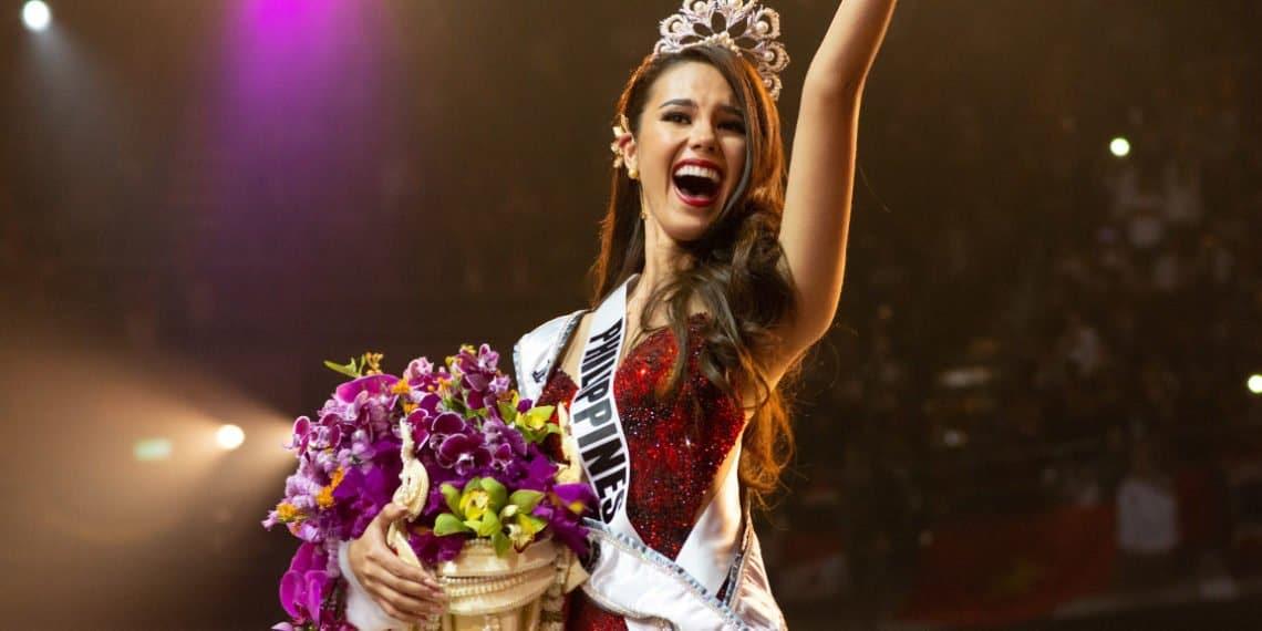 Miss-Philippines-Catriona-Gray-4