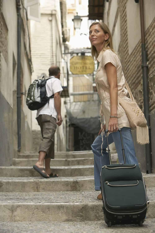 travel-woman